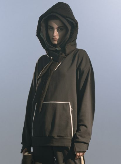 QUILTED HOOD AW/21 (AVAILABE IN 3 COLOURS)
